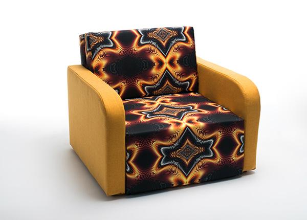 Nojatuoli vuodevaatelaatikolla TF-128561