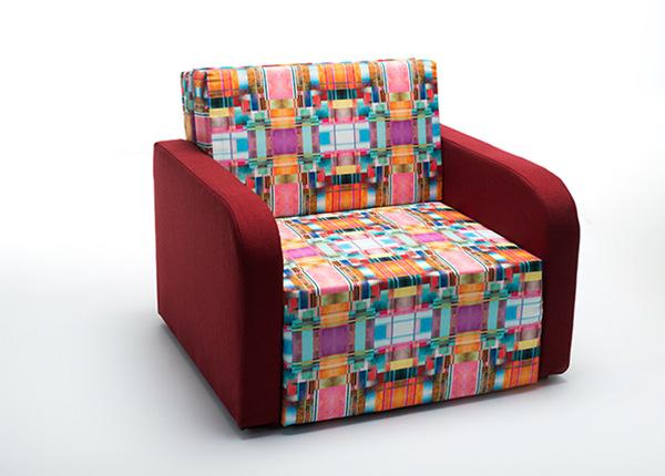 Nojatuoli vuodevaatelaatikolla TF-128564