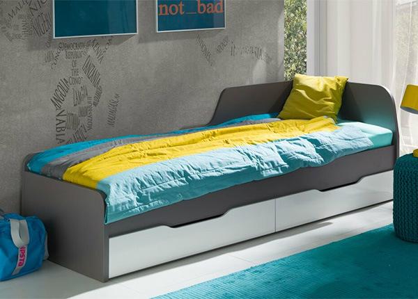 Sänky vuodevaatelaatikolla TF-135719