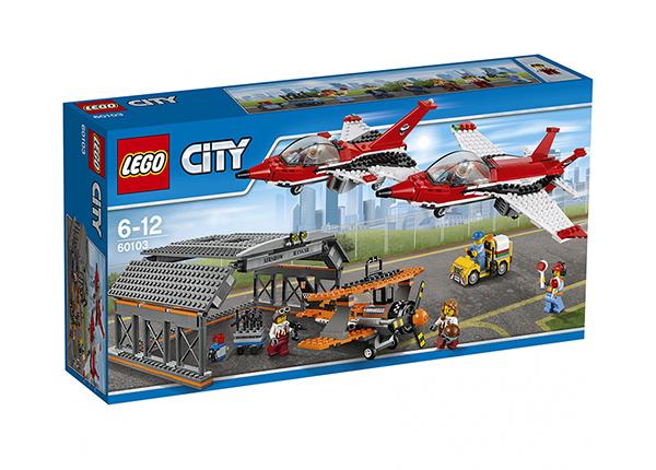 LEGO City LENTOKENTÄN LENTONÄYTÖS RO-137476