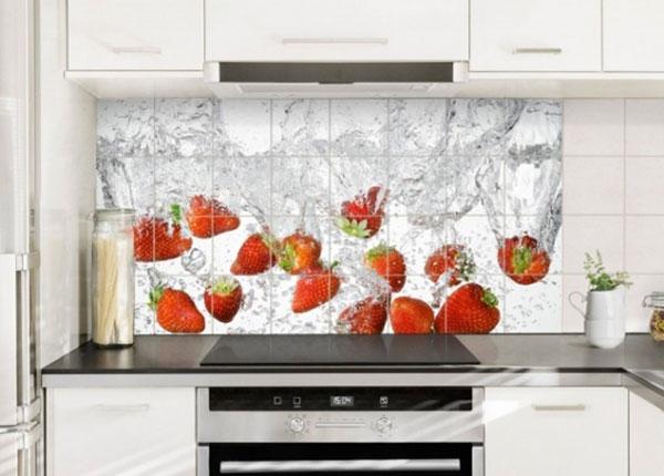 Tarrat seinälaatoille FRESH STRAWBERRIES IN WATER 60x120 cm ED-139741