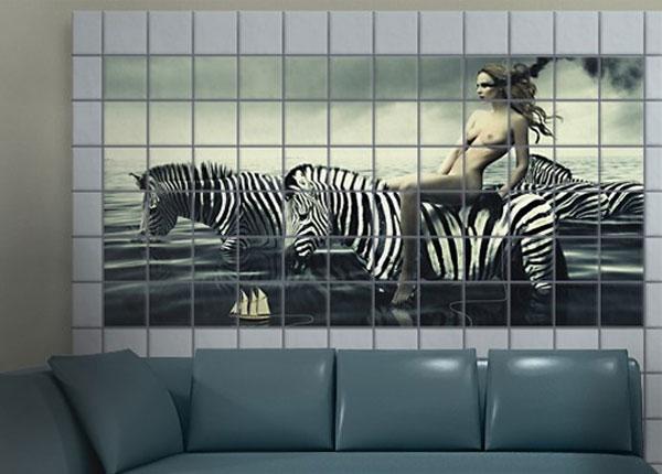 Tarrat seinälaatoille WOMAN POSING WITH ZEBRAS 60x120 cm