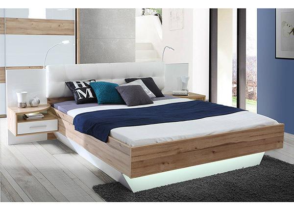 Sänky 160x200 cm ja 2 yöpöytää TF-140931