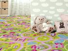 Lastenhuoneen matto HAUSKA KAUPUNKI