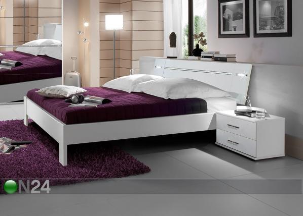 Sänky HEAVEN 160x200 cm+2 yöpöytää SM-102865