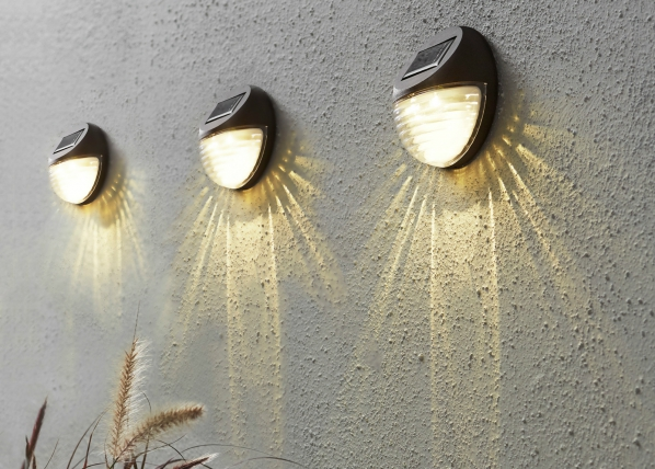 Seinävalaisimet 3 kpl aurinkopaneelilla AA-109544